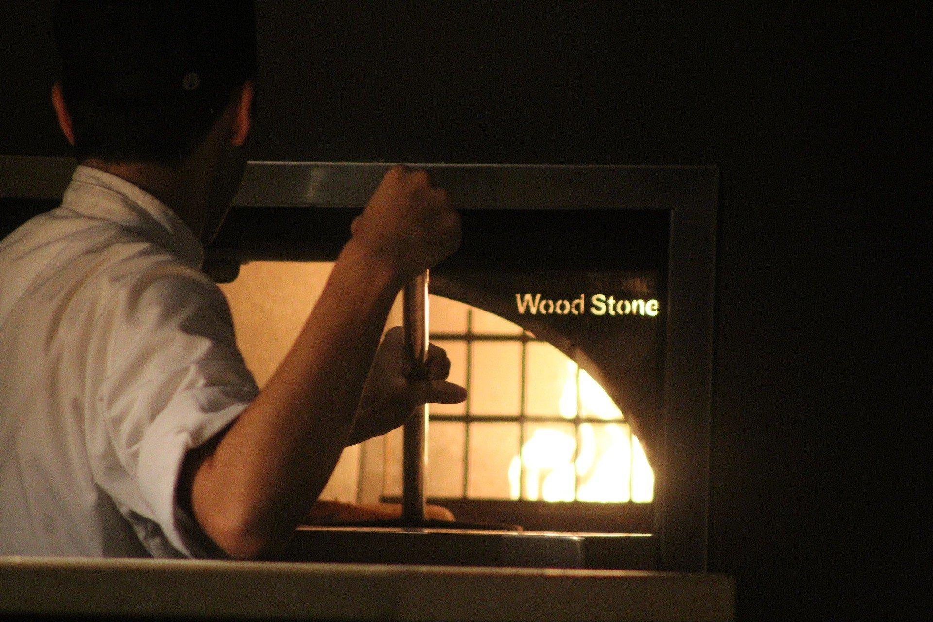 aprire una pizzeria da asporto