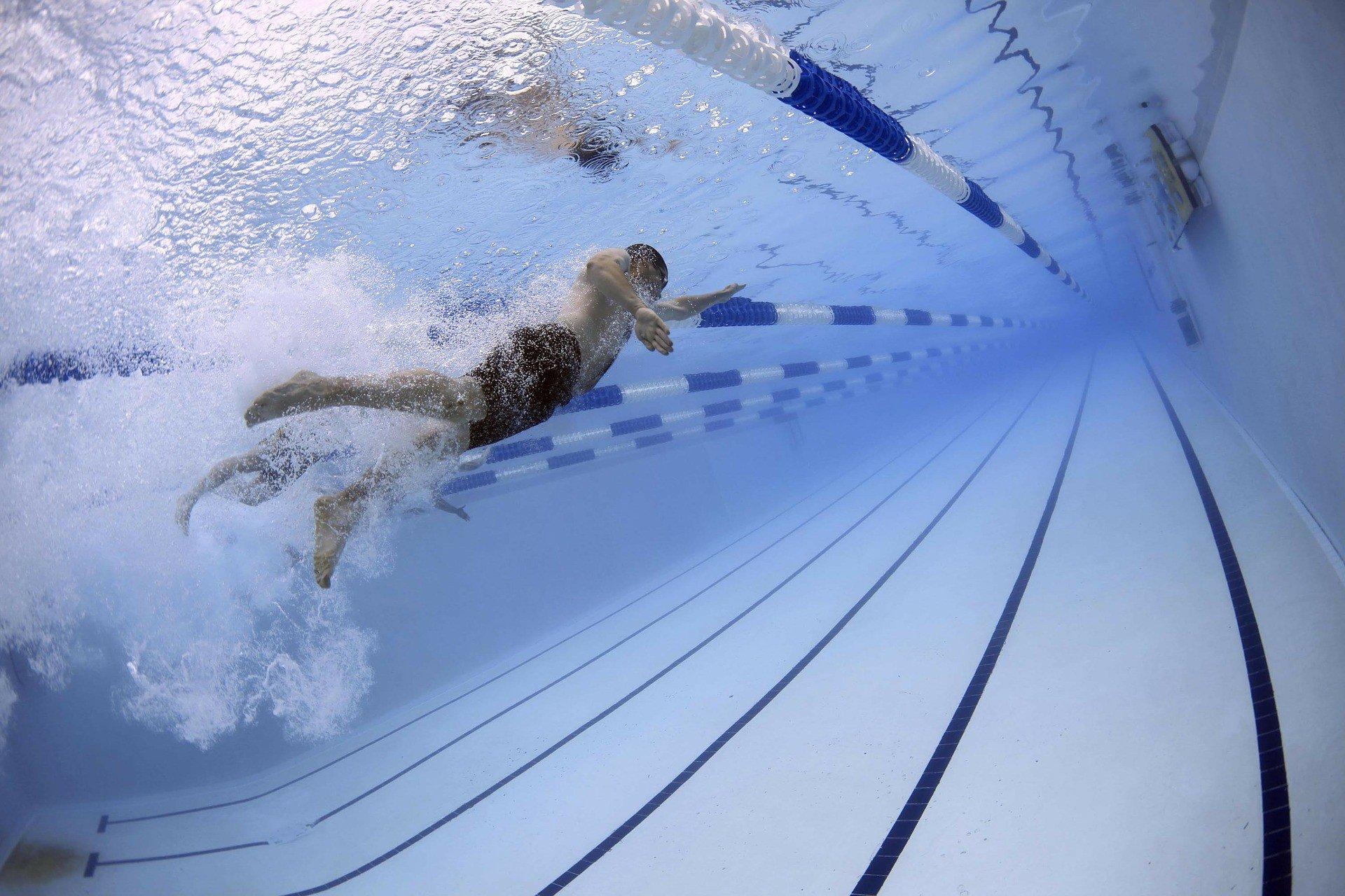 aprire una piscina