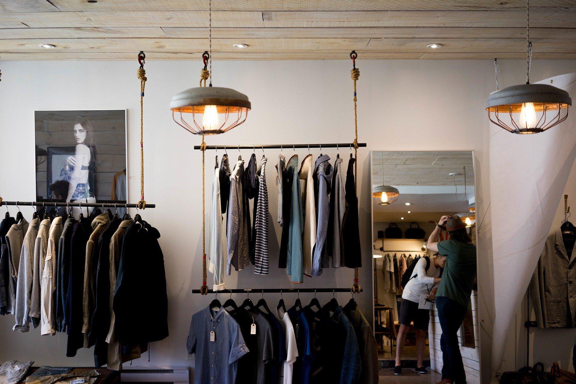 aprire un negozio di vestiti