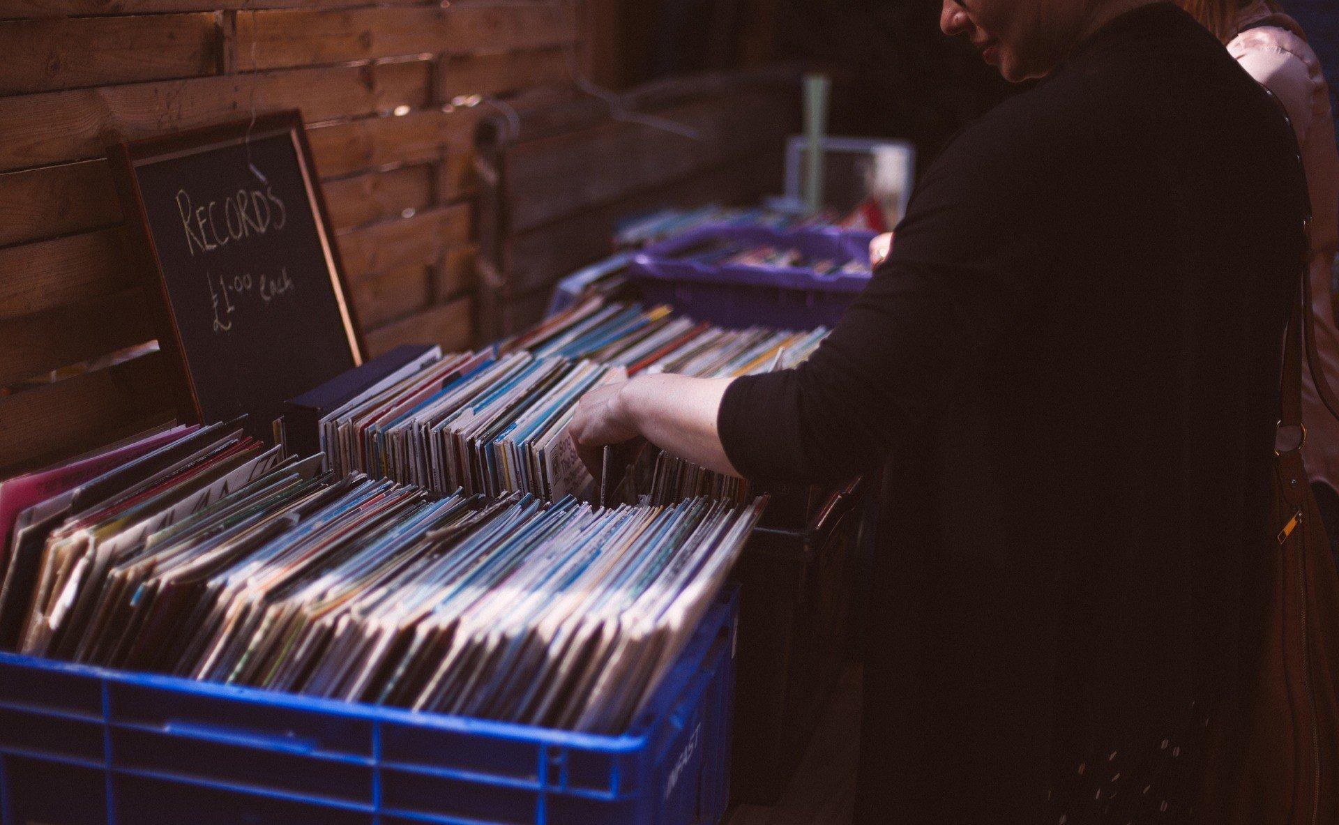 aprire un negozio di dischi
