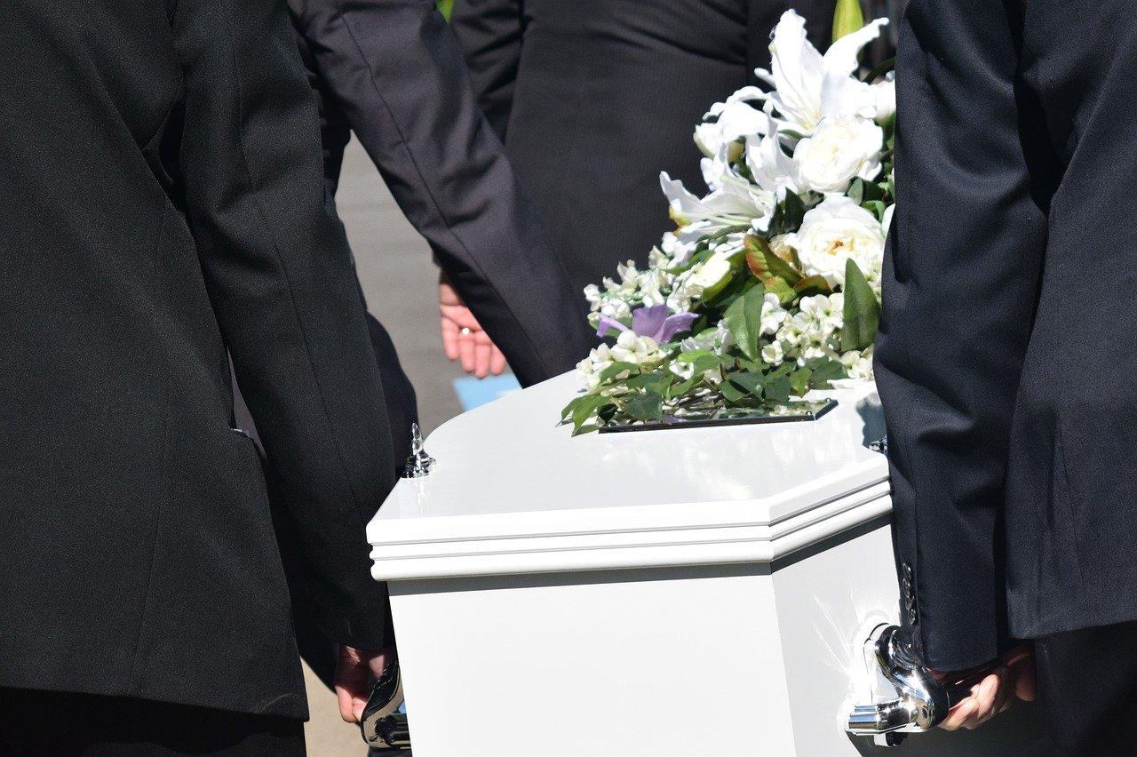 aprire un agenzia funebre