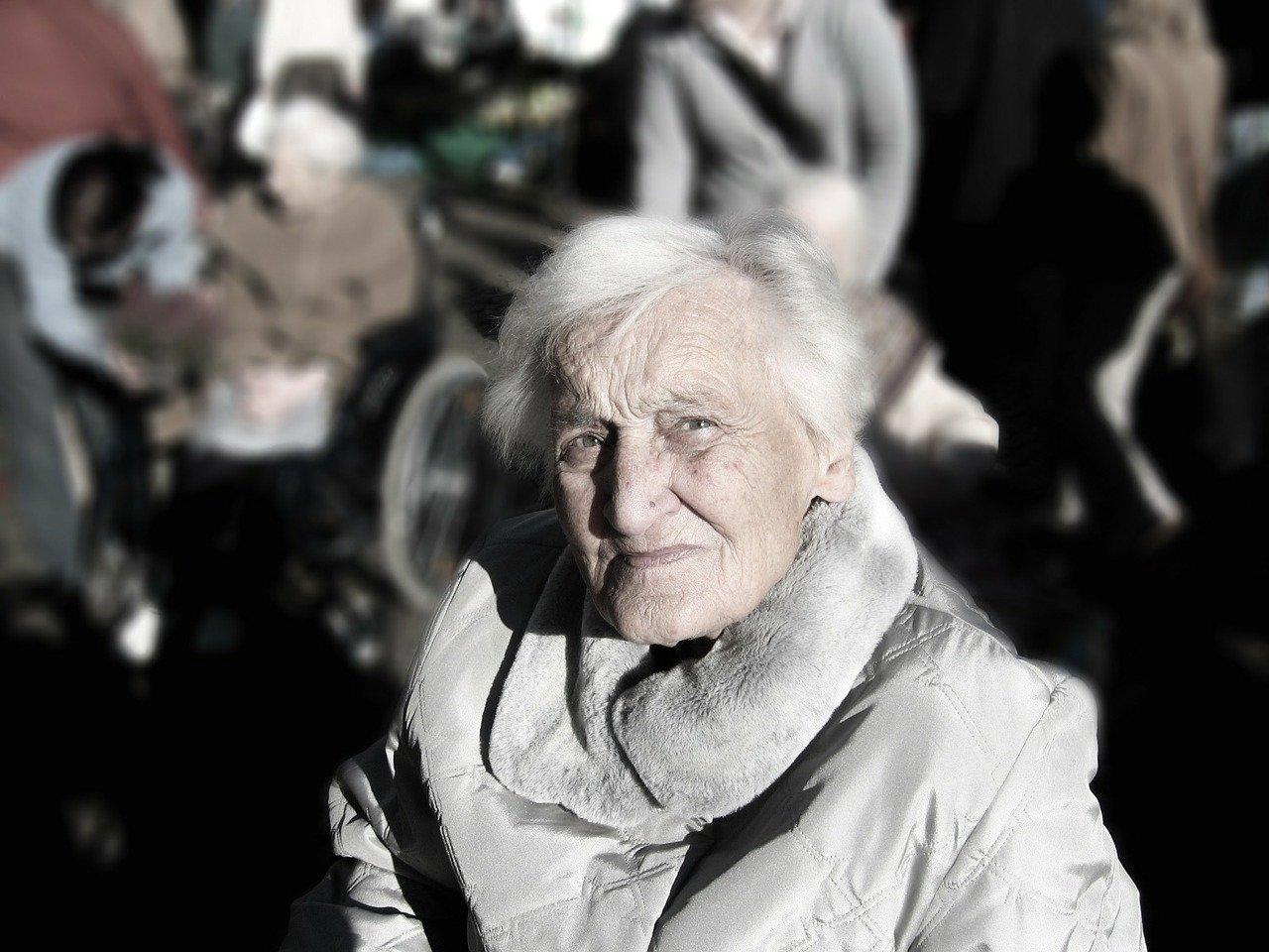 aprire un centro diurno per Anziani